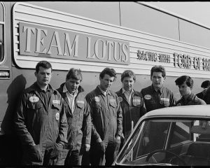 Team Lotus mechanics
